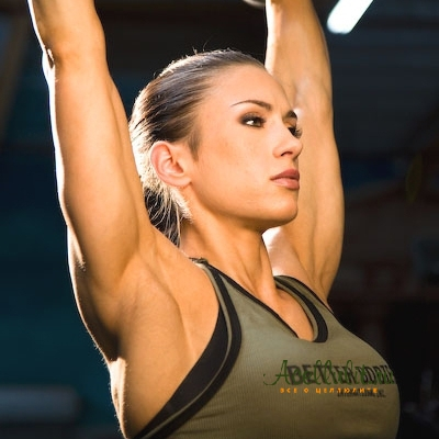 комплекс антицеллюлитных упражнений для рук