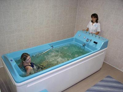 подводный массаж поможет еще и расслабиться